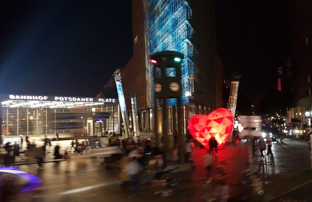 Potsdamer Platz mit Herz